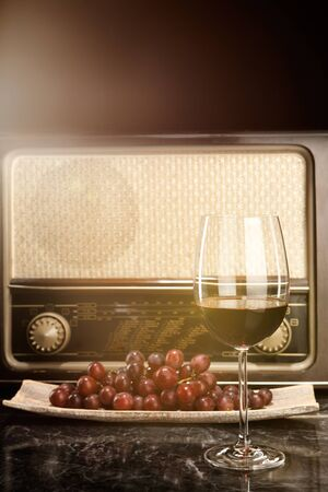 sullenly: Vintage Radio, grapes and a glass of red wine