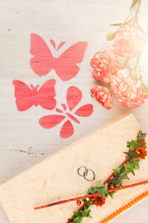 proclamation: Wedding invitation with flowers and butterflies