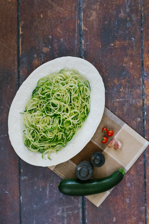 low carb diet: Zucchini pasta for a low-carbohydrate nutrition - zucchini noodles for a low carb diet Stock Photo