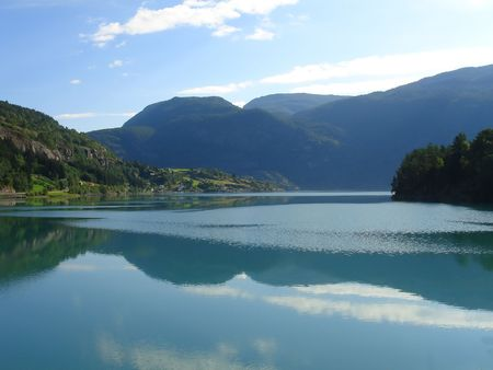 vista hermosa del fiordo noruego - nord Europa Foto de archivo - 859882
