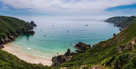 Petit Pot bay in Guernsey during midday in the summer Imagens