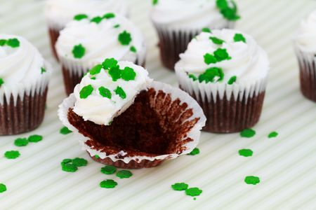 Delicious cupcakes with clover sprinkles for St Patricks Day. Stock Photo - 6512213
