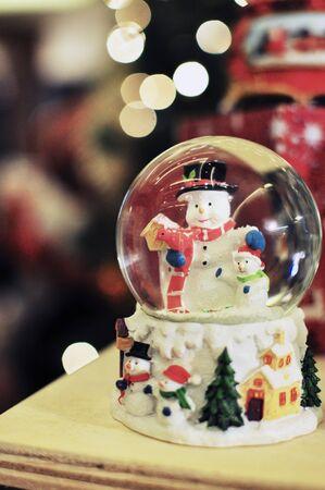 snow man: snow globe snow man