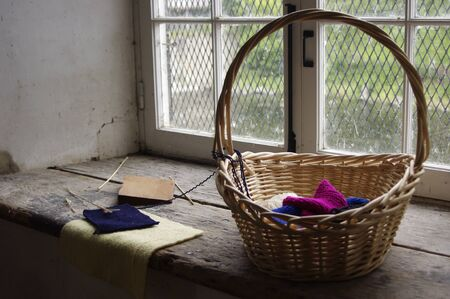 wooden basket with yarn crafts Stok Fotoğraf