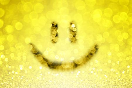 visage: Jaune sourire smiley emoji fond Banque d'images