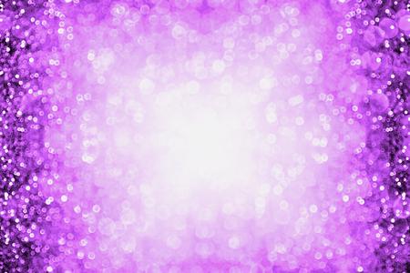 Púrpura chispa fondo de la explosión o del partido frontera brillo para el feliz cumpleaños, Halloween o club Foto de archivo