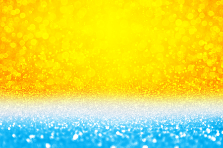 Abstract summer tropics blue yellow sky sunset or sunrise sparkle sun shine burst bokeh party invite or sunny sale island background texture over sea surf, ocean, beach, pool or water bubbles pattern 版權商用圖片 - 104222088