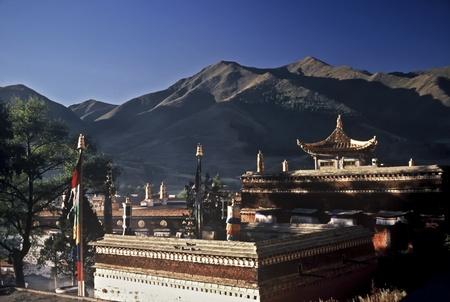antik: Old temple in the tibetan village of Xiahe, Gansu, China