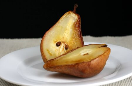 prep: Roasted pears for a delicious and healthy dessert