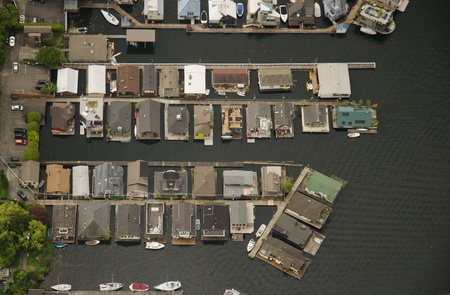 Aerial view of rows of house boats on Lake Union