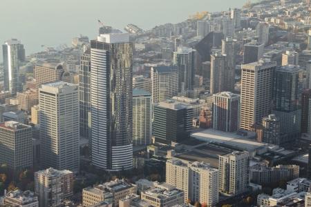 午後遅くにダウンタウン シアトルの航空写真
