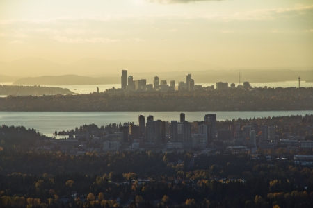 Aerial view of Bellevue in foreground and Seattle in background 版權商用圖片