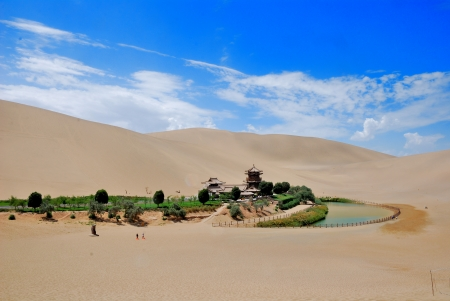 crescent lake: Dunhuang Crescent Spring,Crescent Lake in Dunhuang, a desert spring Stock Photo