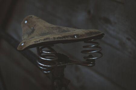 古い革自転車 写真素材