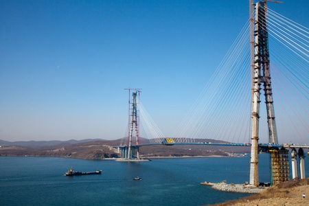 The APEC summit  Vladivostok-2012  will be held in September on Russky island, where now are built its the main objects  One of them is the bridge from Vladivostok to The Russky island