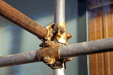 andamios: scaffolding clamps