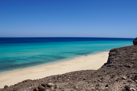 Fuerteventura: crystal clear water and panoramic view of Jandia beach
