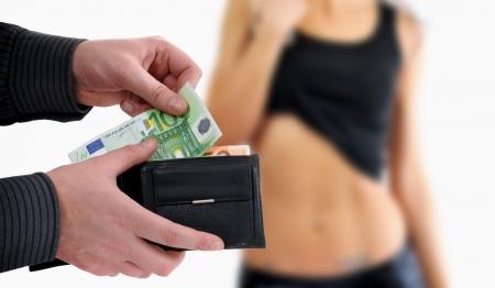sexe: Homme est payant pour le sexe billets en euros
