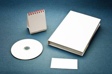 marca libros: Fuentes de negocio habituales utilizadas para la marca corporativa  Foto de archivo