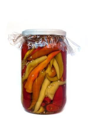 conservacion alimentos: Conservaci�n de los alimentos. Tarros con pimientos conservados