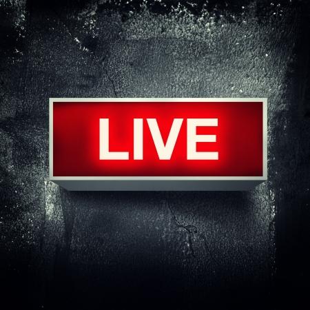 """""""Live"""" foros de alerta se enciende en. Foto de archivo"""