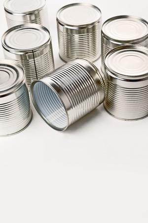 productos quimicos: Latas. Las latas se utilizan para el embalaje de todo tipo de bienes - alimentos conservados, productos qu�micos, tales como pintura, etc