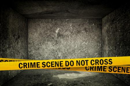 犯罪シーンはないクロス イエロー鉢巻きテープ暗いコンクリート内部で。犯罪シーン警察リボン。