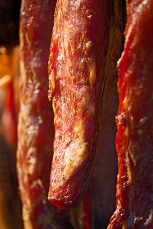manjar: Lomo de cerdo curado, ahumado y conservas de carne de cerdo se considera una delicadeza alimentaci�n en algunas culturas. Foto de archivo