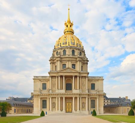 invalides: Les Invalides, Paris, France, Europe. This french landmark is famous for Napoleon Bonaparte burial place. In this image detail of chapel Saint Louis des Invalides. Stock Photo