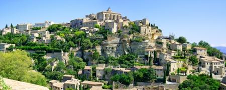 vaucluse: Gordes Medieval Village built on a rock hill in Luberon, Provence Cote Azur Region, France  Stock Photo