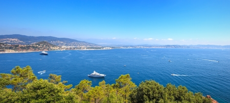 azure coast: Cannes and La Napoule panoramic sea bay view, yachts and boats  from Theoule sur Mer  French Riviera, Azure Coast or Cote d Azur, Provence, France Stock Photo