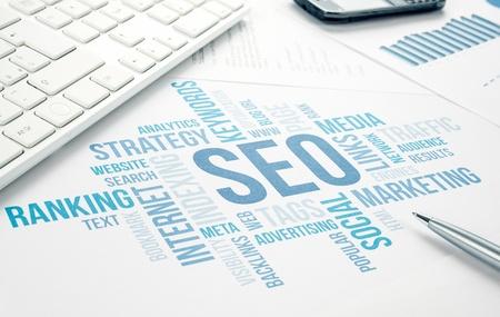 Seo företag, sökmotor optimazion, begreppet cloud diagram blå tonad