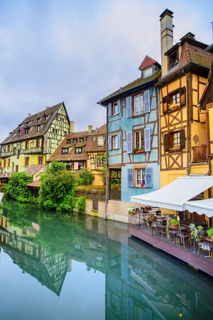 colmar: Colmar, Petit Venice, water canal and traditional colorful houses  Alsace, France