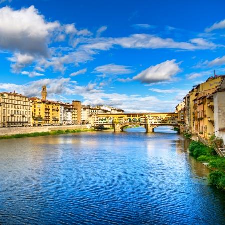 arno: Ponte Vecchio on sunset, old bridge, medieval landmark on Arno river  Florence, Tuscany, Italy  Stock Photo