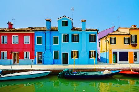 Venice landmark, Burano island canal, colorful houses and boats, Italy, Europe Zdjęcie Seryjne