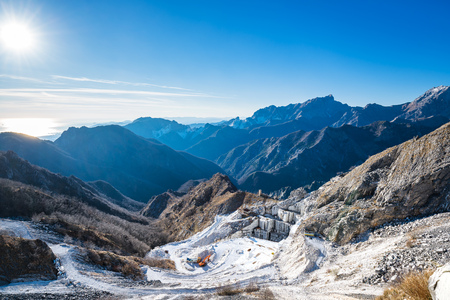 massa: Alpi Apuane mountains and marble quarry view. Carrara, Tuscany, Italy, Europe. Stock Photo