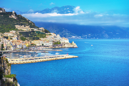 Amalfi town and coast, panoramic view. Italy, Europe Banque d'images - 116616797