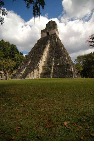 civilisation: Mayan temple, Tikal