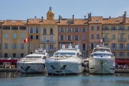 La station balnéaire de Saint-Tropez sur la Côte d'Azur, dans le sud de la France