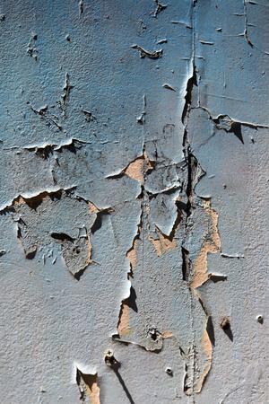 오래 된 문을 페인트 껍질