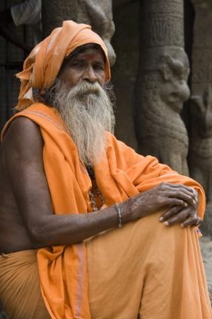 Hindu Holy Man at a monalthic Hindu Temple in Mahabalipuram in the Tamil Nadu region of southern  India Stock Photo - 22358593