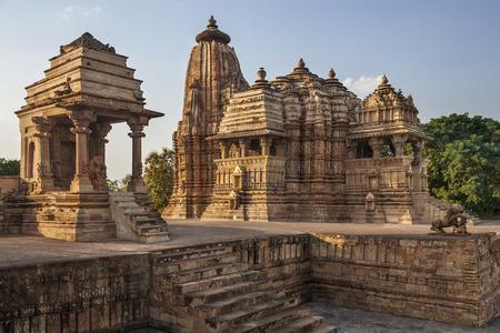 madhya: Jian and Hindu Temples at Khajuraho in the Madhya Pradesh region of India.