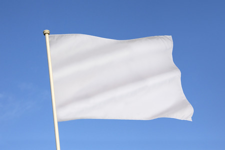 The white flag is an internationally recognized symbol of surrender, truce, or a desire to parley. Banco de Imagens - 38575061