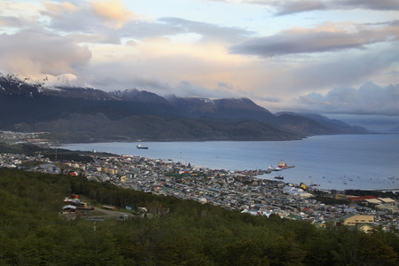 islas: Ushuaia - the capital of Tierra del Fuego in the Antartida e Islas del Atlantico Sur Province of Argentina. It is commonly regarded as the southernmost city in the world. Stock Photo