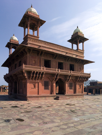 uttar pradesh: The Diwan-i-Khas audience hall in the Fatehpur Sikri citadel in the Uttar Pradesh Region of India. Dates from 1571. Stock Photo