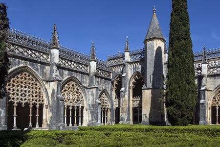 수도원 Batalha의 수도원 - 포르투갈의 센트로 지역에있는 Batalha 마을의 도미니카 수녀원. 그것은 Aljubarrota의 1385 년 전투를 기념하여 건립되었고, Portugue 스톡 콘텐츠