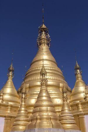 Hum Si Paya 중앙 미얀마 (버마)의 Shan 상태의 Taunggyi 근처 불교 사원.