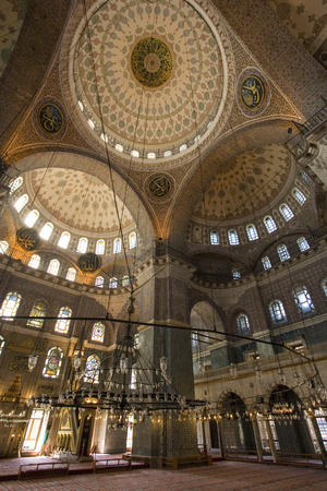 Interior of the Blue Mosque (Sultan Ahmed Mosque or Sultanahmet Camii) in Istanbul, Turkey.