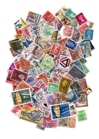 Centinaia di francobolli da molti paesi diversi Editoriali