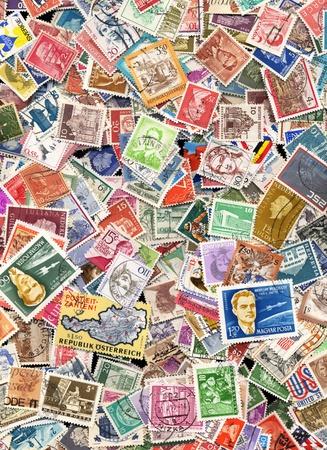 timbre postal: Cientos de sellos de diferentes países